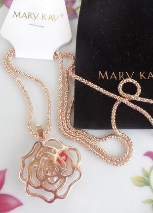Подвеска золотая роза с кристаллами мери кей, mary kay