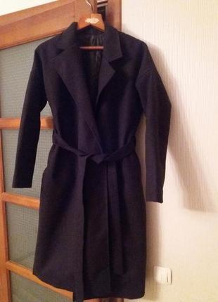 Пальто зима-осінь