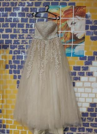 Шикарное свадебное платье без лямок