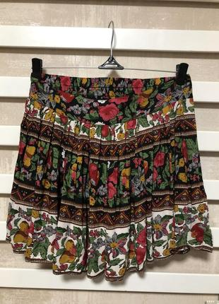 🧛🏻♀️яркая мини юбка из вискозы в цветочек miss selfridge