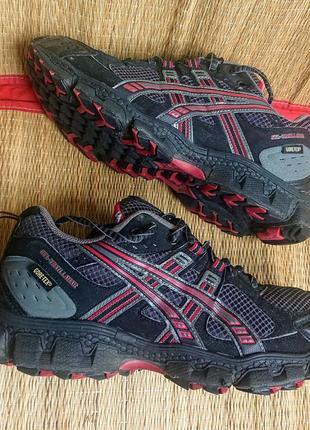 Трекинговые кроссовки asics gel trail lahar 6. оригинал .