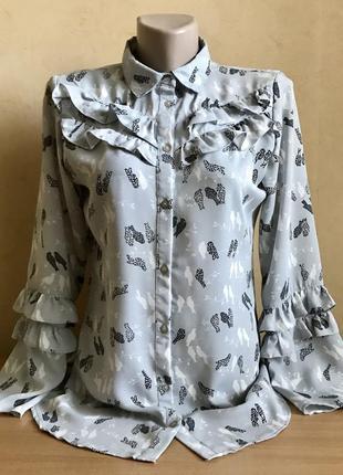 Шикарная блузка-рубашка с рюшами и птичками