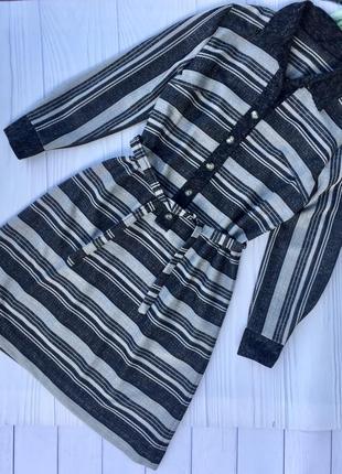 Стильное актуальное платье в полоску