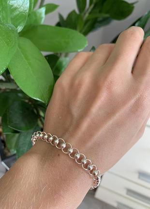 Необычный серебряный браслет