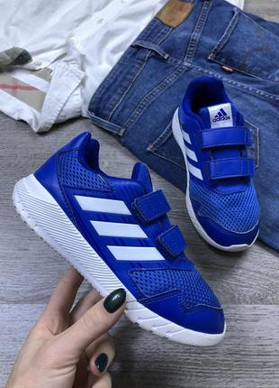 Яркие мягкие кроссовки adidas