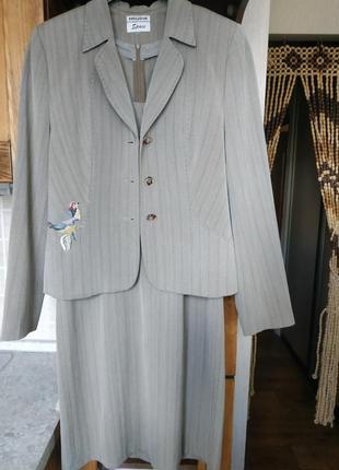 Костюмная двойка (платье и пиджак )
