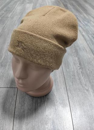 """Шерстяная шапка от известного бренда  """"burberry"""" из 100% шерсти ламы англия."""