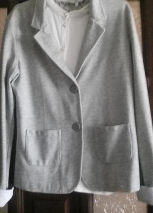 Піджак трикотажний