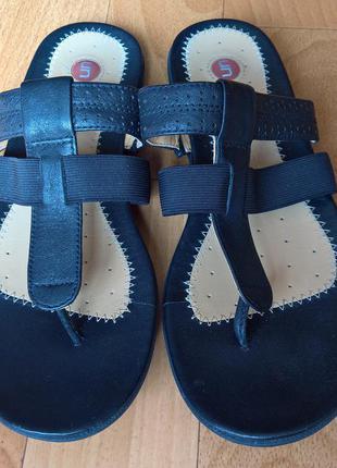 Кожаные сандали clarks structured.