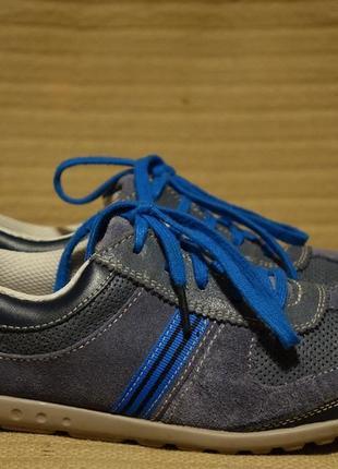 Хорошенькие легкие комбинированные кожаные кроссовки clarks англия 5 1/2 р.