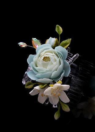 Заколка - краб с цветами ручной работы