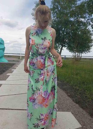 Шёлковое платье в пол украинского бренда