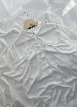 Базовая белая рубашка, блуза, блузка bershka