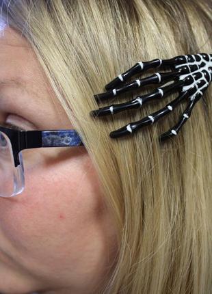 Крутая заколка для волос в стиле рок готика рука скелет