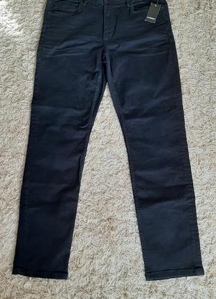 Стильні джинси slim fit.  розмір 56