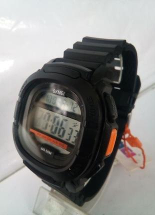 Водозащищенные мужские часы электронные skmei 1657 на ремешке