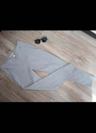 Женские штаны в полосочку высокая посадка серые белые