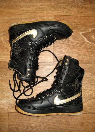Утепленные (набивная шерсть) кроссовки, кожа, р. 35, на стопу 22-22,5 см