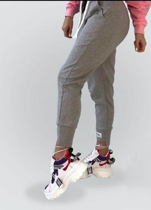 Стильні, тепленькі штани
