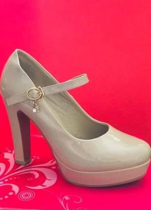 Стильные,элегантные туфли