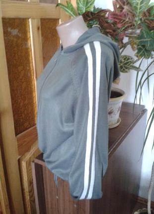 Трендовая кофта с капюшоном ,худи ,свит шот размер 14