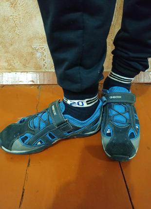 Классные кожаные кроссовки geox