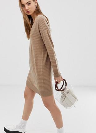 Платье трикотаж в рубчик от asos