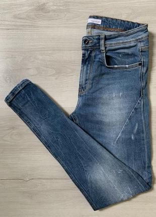 Яскраві стрейчеві джинси від zara man