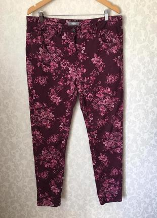 Штаны,джинсы в цветочный принт, большого размера