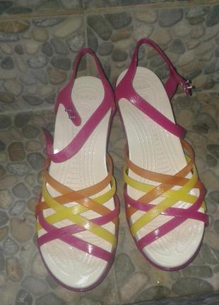 Crocs huarache wedge sandal w9 наш 40