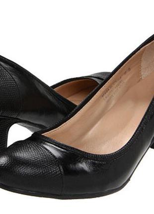 Кожаные черные туфли you by crocs amstera
