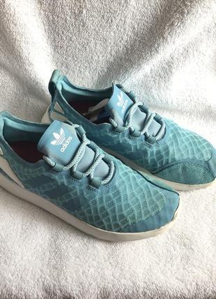 Кросівки кроссовки кроси
