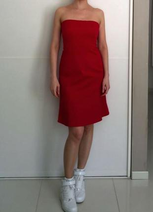 Темно-красное платье а-силуэта трапеция в стиле 50-х миди м