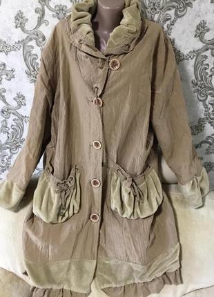 Шикарная фирменное пальто