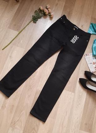Новые  фирменные джинси р 30-323 фото