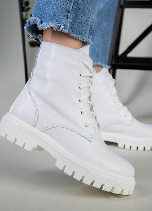 Ботинки, ботинки женские, белые ботинки, зимние ботинки, ботинки деми