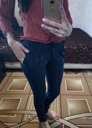 Классические темно-синие штаны