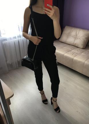 Чёрный стильный летний нарядный  комбинезон