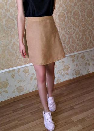 Стильная юбка-солнце из ткани под замш от new look s-m размера