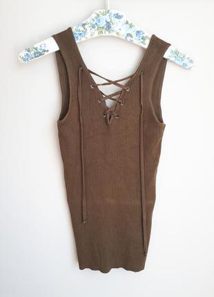 Трикотажная футболка в рубчик со шнуровкой цвета хаки