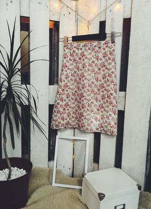 Цветочная юбка на завышенной талии