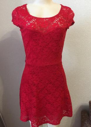 Шикарное кружевное красное гипюровое платье размер 42 new look