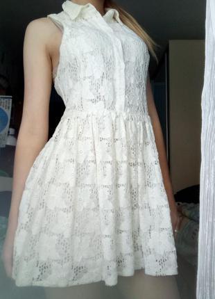 Летнее короткое легкое платье из гипюра с воротником, платье-мини