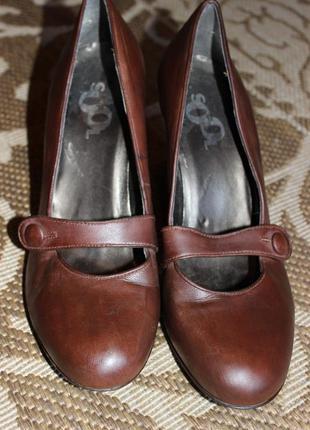 Шкіряні туфельки 41р
