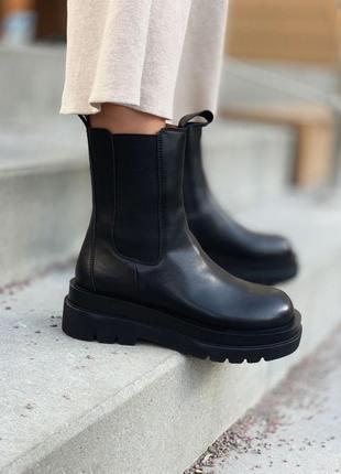 Крутые деми ботинки на платформе