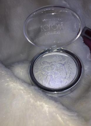 Хайлайтер catrice arctic glow highlighting powder