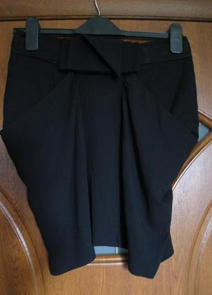 Черная юбка-карандаш необычного кроя 40% шерсти, bcbg max azria