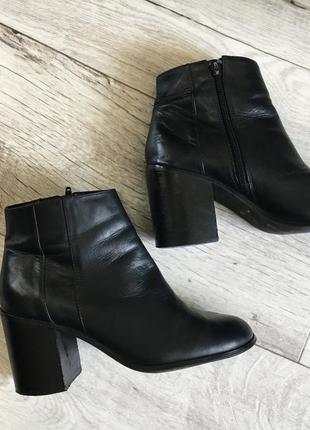Ботинки женские 24.5см натур.кожа aldo деми
