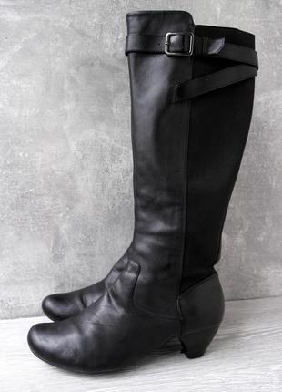 """Брендовые демисезонные высокие кожаные сапоги """"clarks"""". размер uk 4,5/ eur 37,5."""