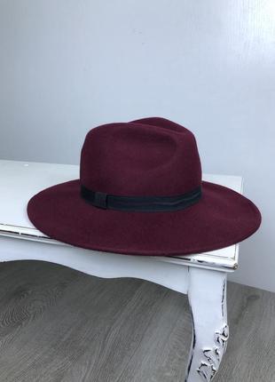 Шляпа в нереально крутом цвете!